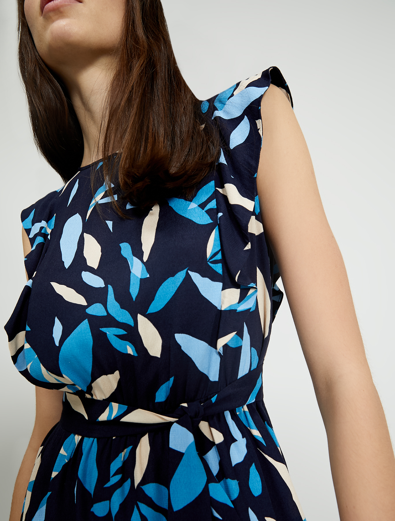 Sablé dress with flounce - navy blue pattern - pennyblack