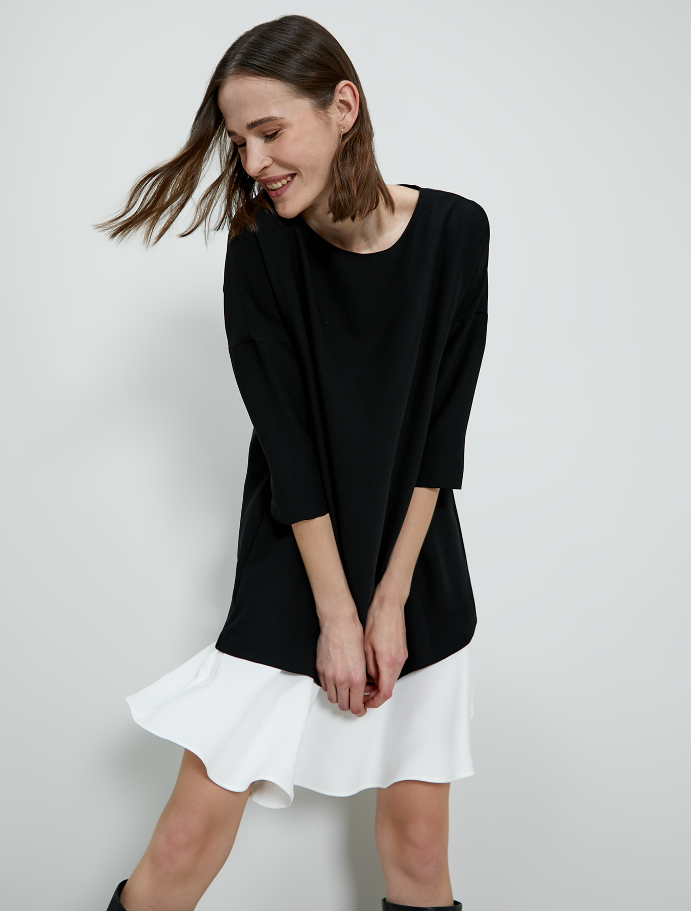 Dress with contrasting flounce - black - pennyblack