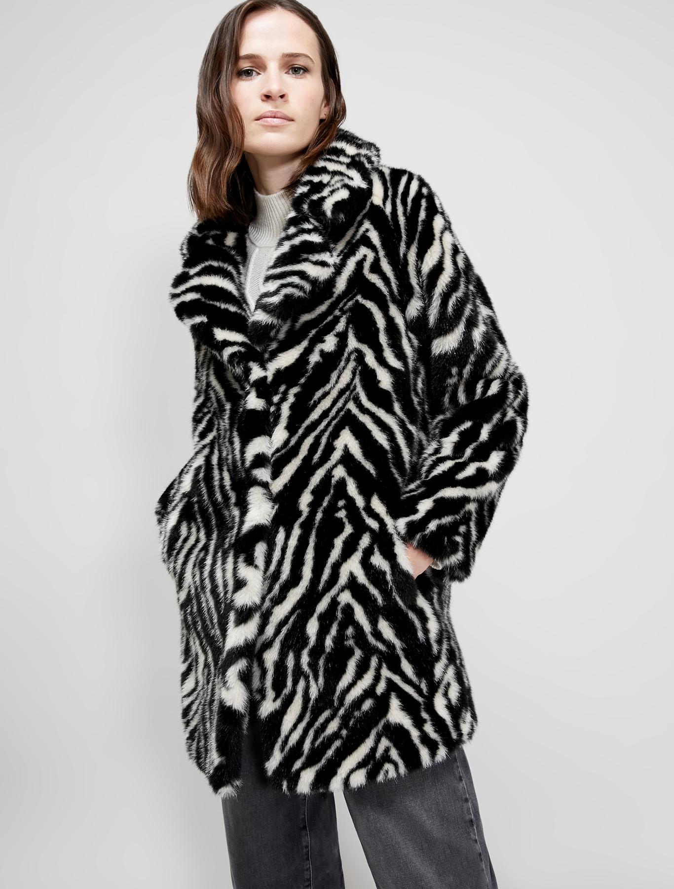 Cappotto in peluche zebrato - fantasia nero - pennyblack