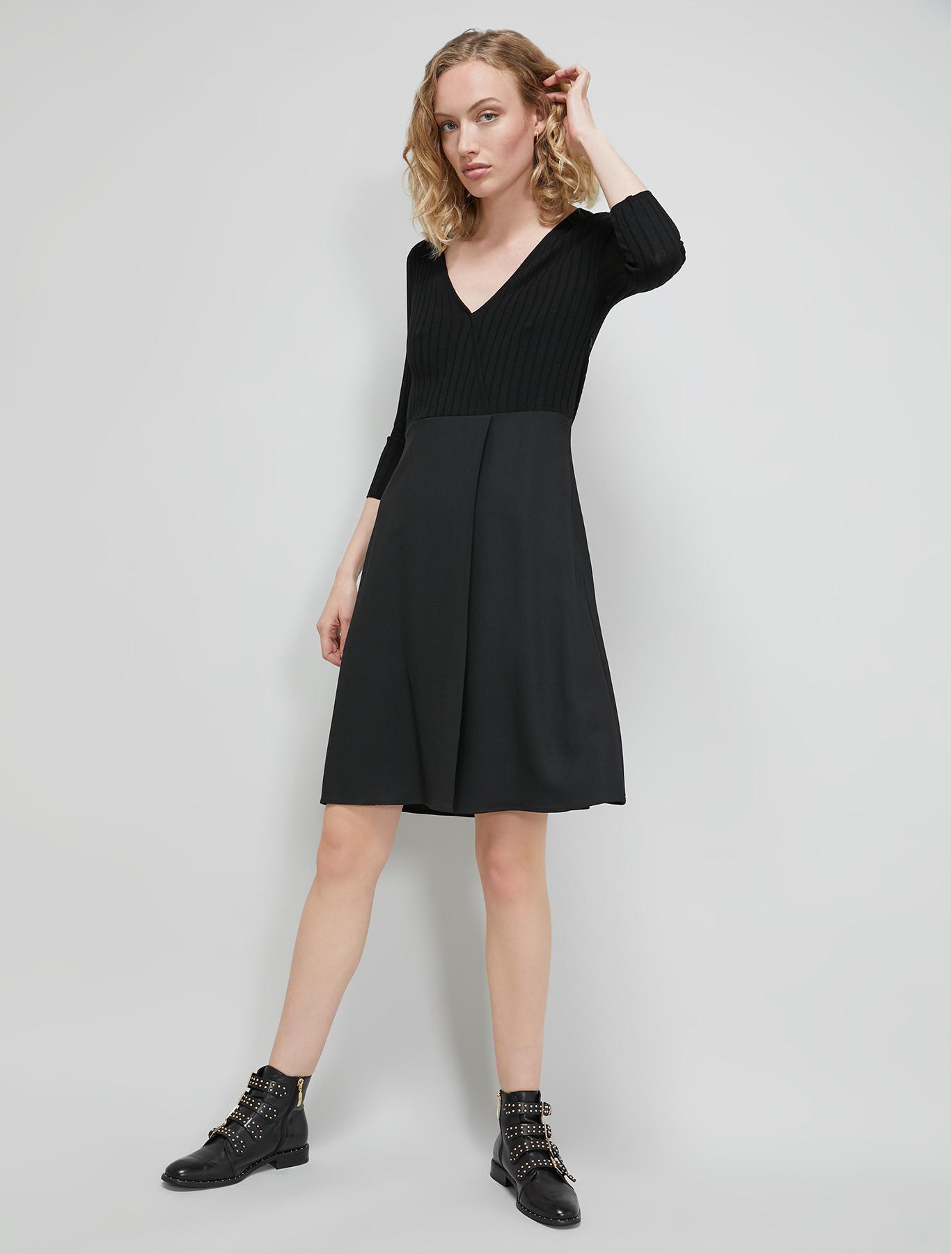 Flowing fabric knit dress - black - pennyblack
