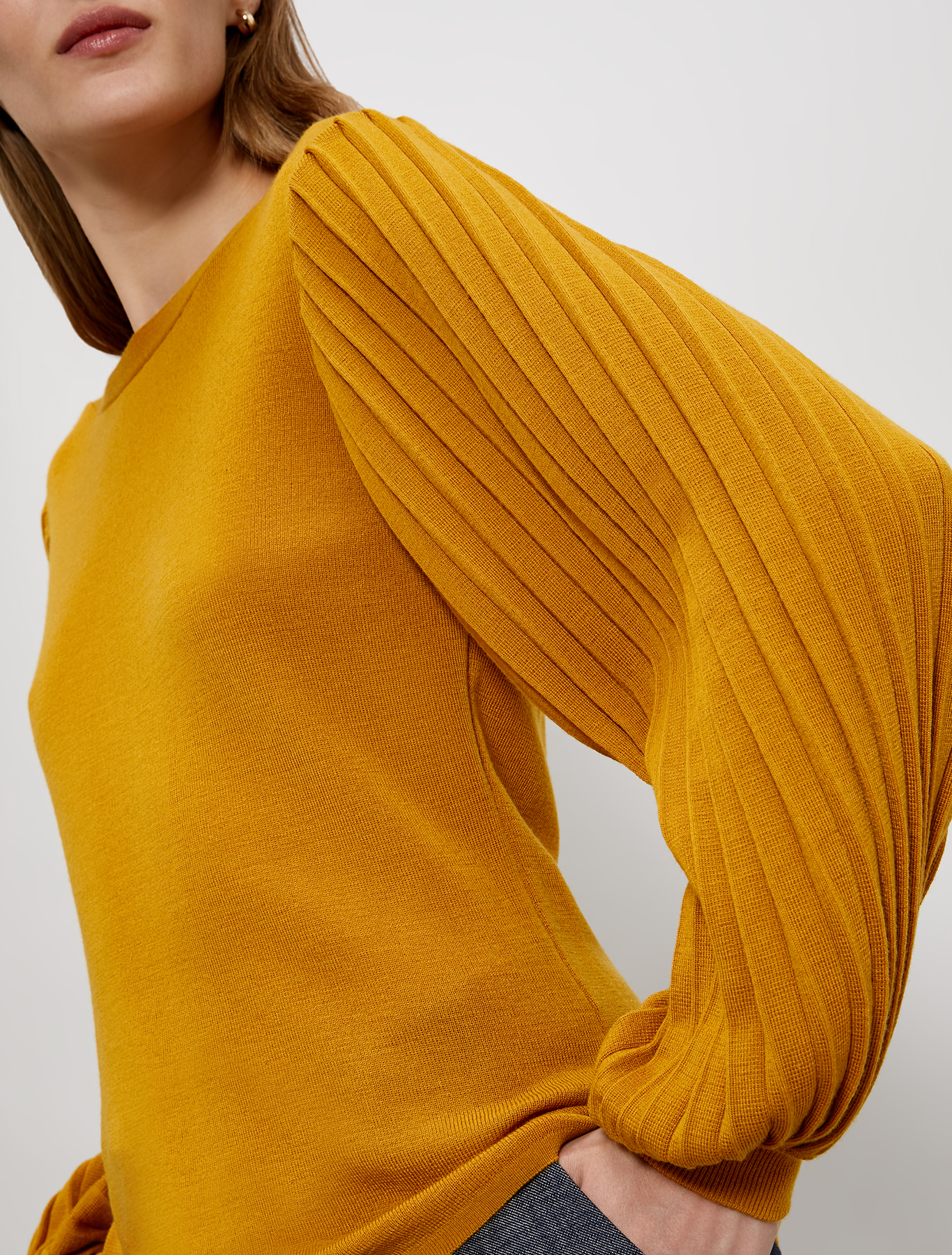 Jumper with puffed sleeves - pale yellow - pennyblack