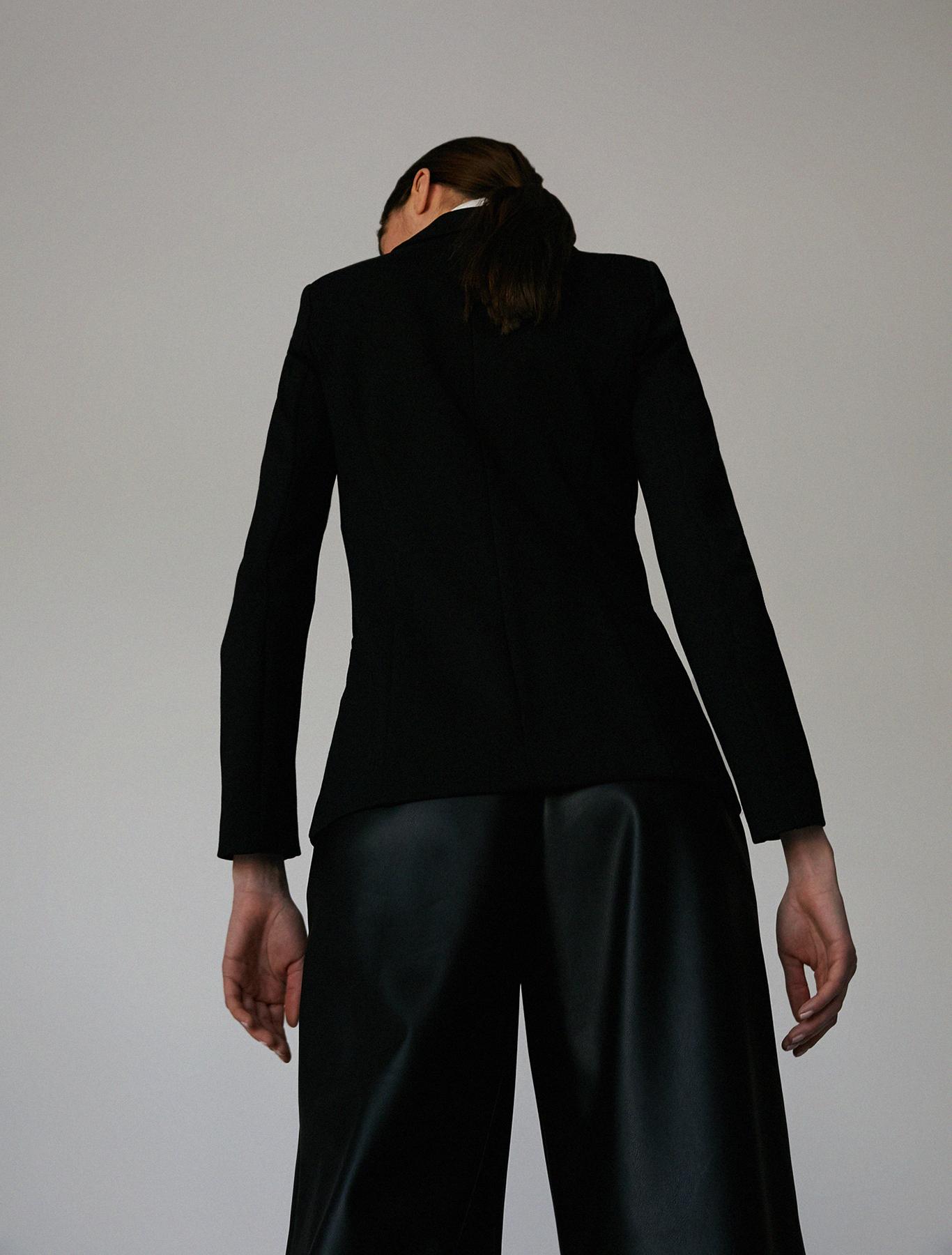 Slim-fit stretch jersey blazer - black - pennyblack
