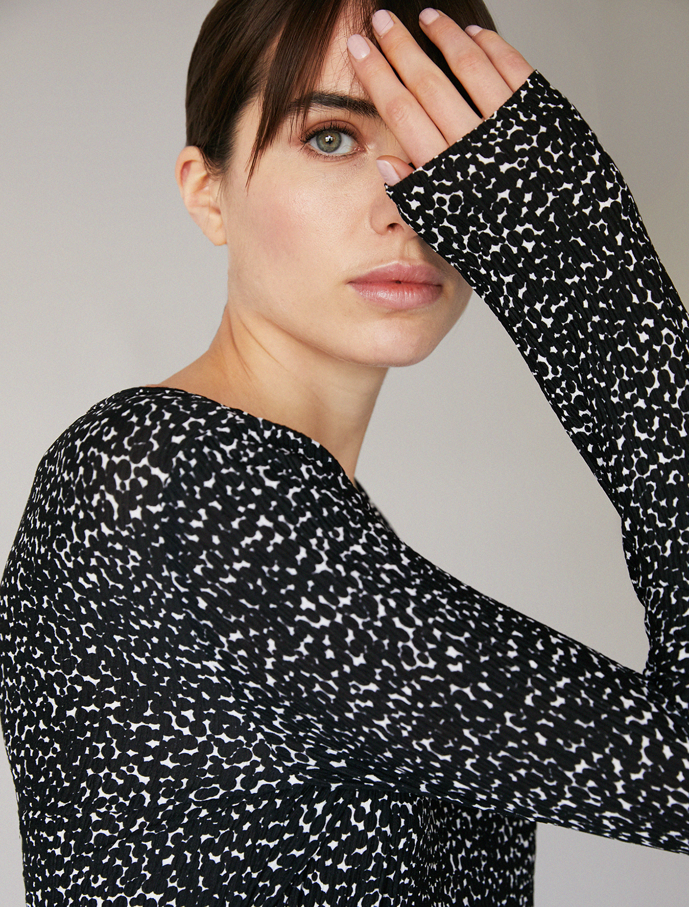 Micro-pleated jersey T-shirt - black pattern - pennyblack