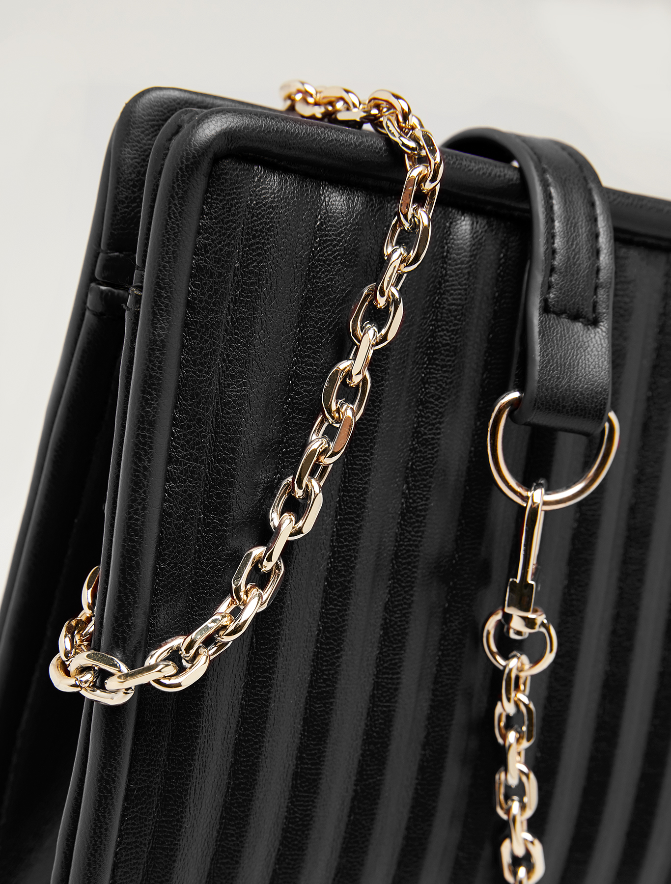 Clutch with pleated effect - black - pennyblack