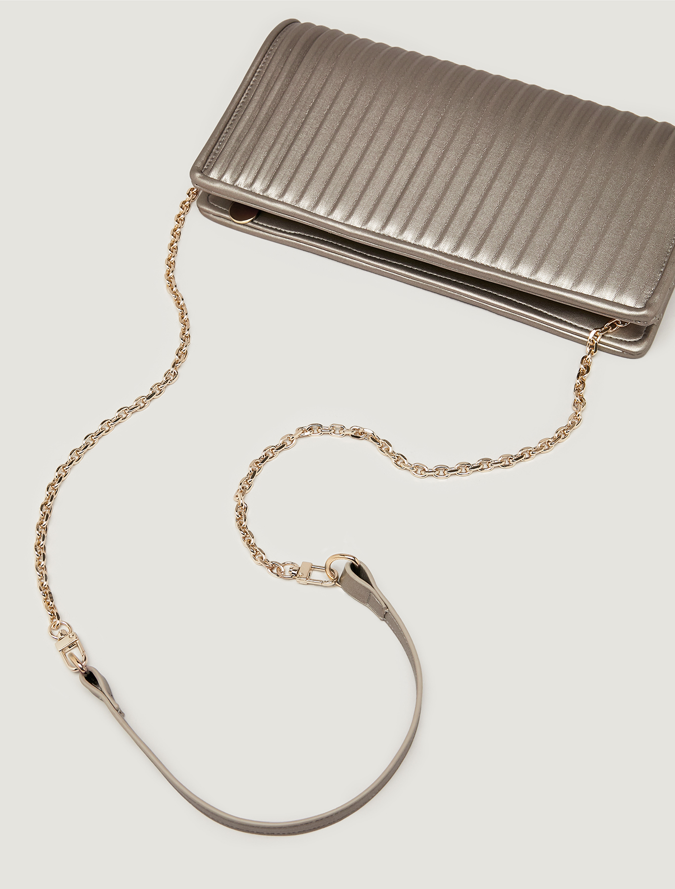 Clutch with pleated effect - medium grey - pennyblack