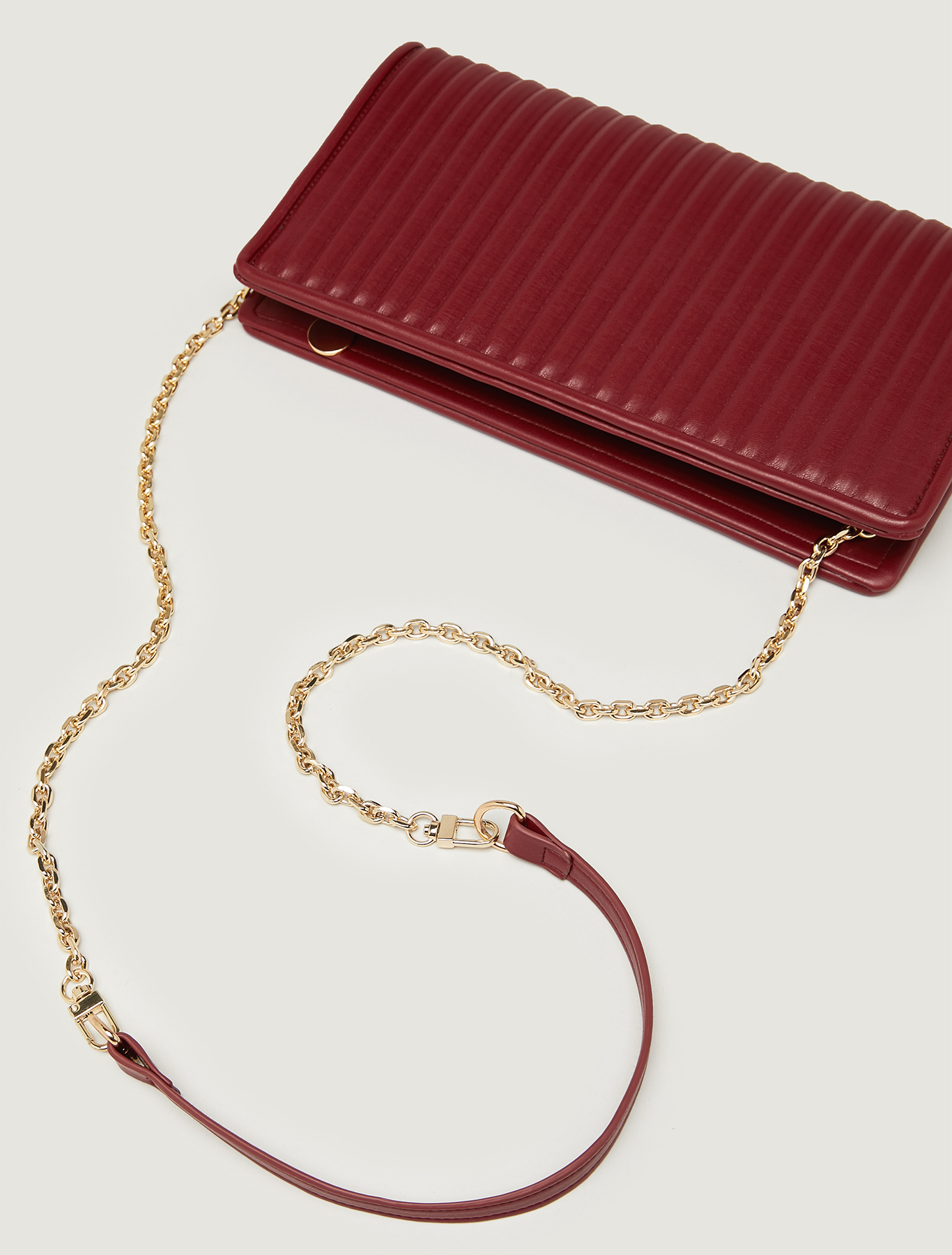 Clutch with pleated effect - burgundy - pennyblack
