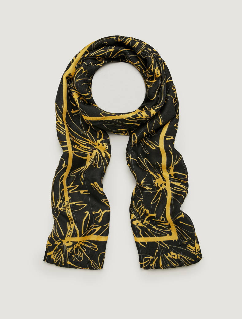 Patterned twill stole with lamé - pale yellow - pennyblack