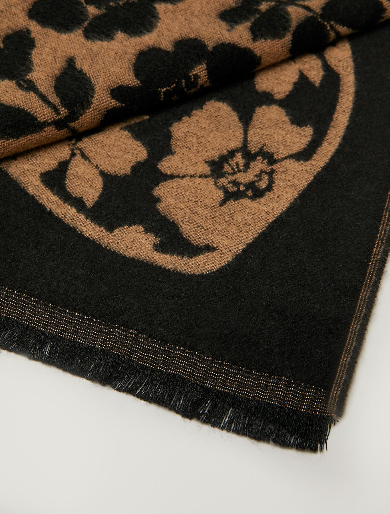 Jacquard pattern stole - tan - pennyblack